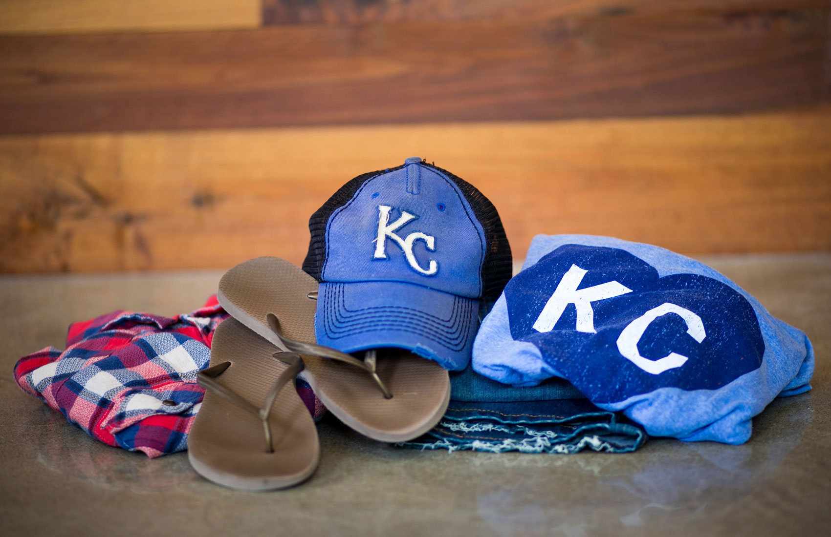 Kansas City Royals hat,